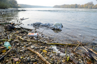 plastic waste at the danube river